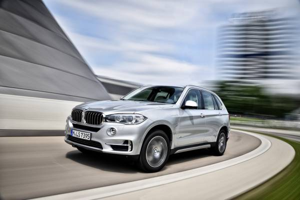 (X5 xDrive40e. Credit: BMW)
