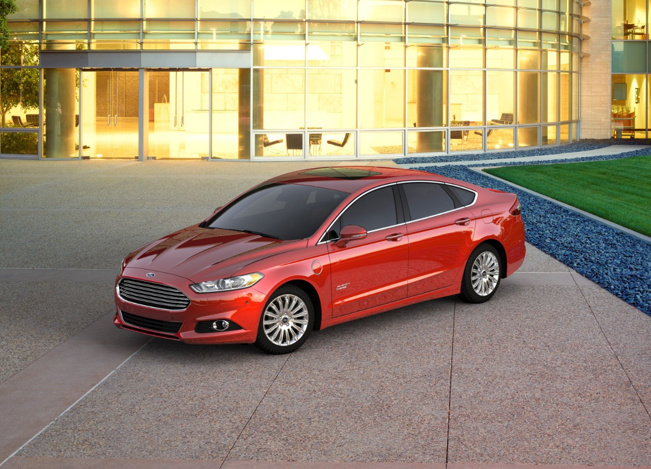 (2016 Ford Fusion Energi. Credit: Ford)