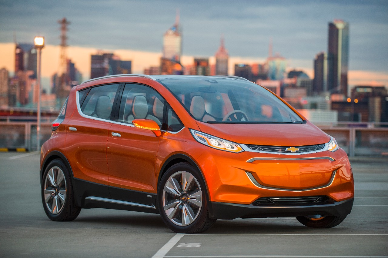 (200-mile all-electric Chevy Bolt. © General Motors.)